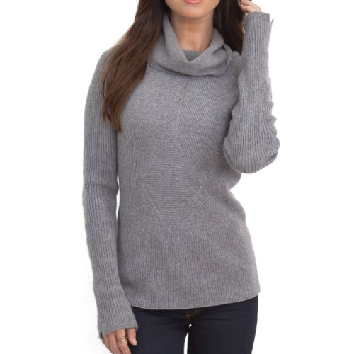 100% CASHMERE FANCY TURTLENECK SWEATER. MADE IN ITALY.