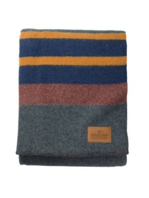 Pendleton Yakima Camp Queen Wool Blanket