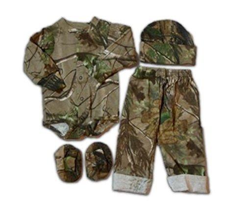 Realtree Baby Boys APG Long Sleeve Creeper Pants Hat Booties 4PC Set